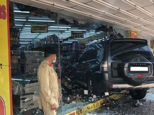 car crash dubai-1612778146881