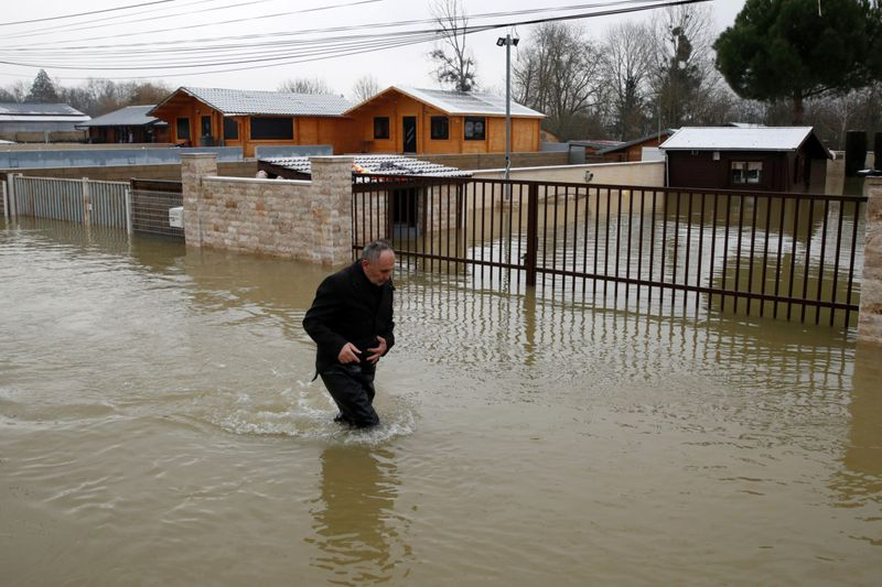 Copy of 2021-02-08T112453Z_1763617736_RC2BOL9AIAMH_RTRMADP_3_FRANCE-WEATHER-FLOODS-1612868393561