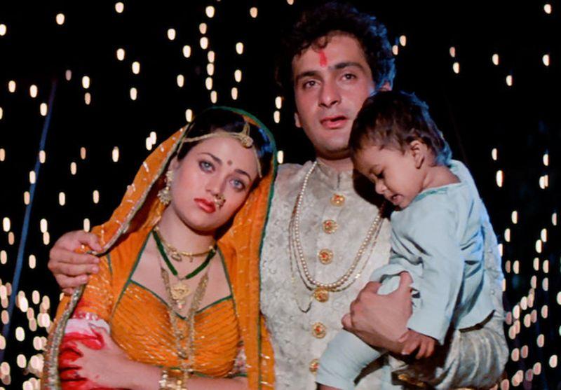 Mandakini and Rajiv Kapoor in Ram Teri Ganga Maili