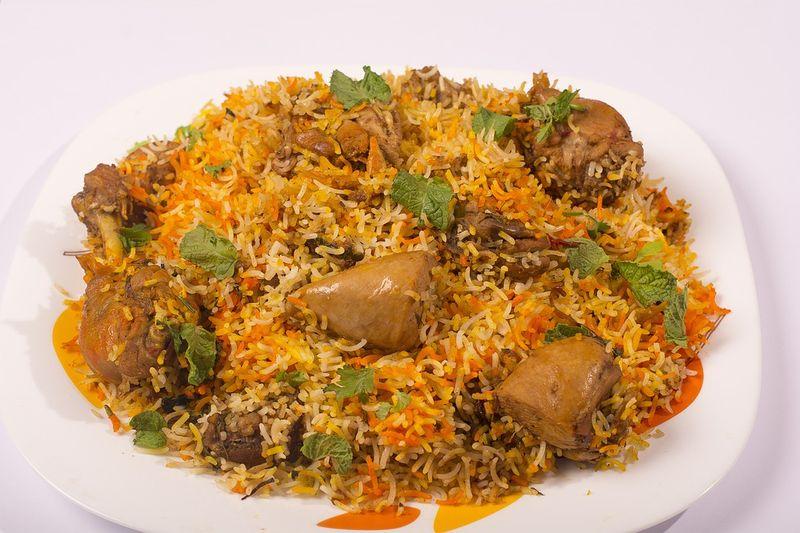 A plate of chicken biryani