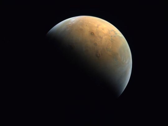 Mars Hope first pic