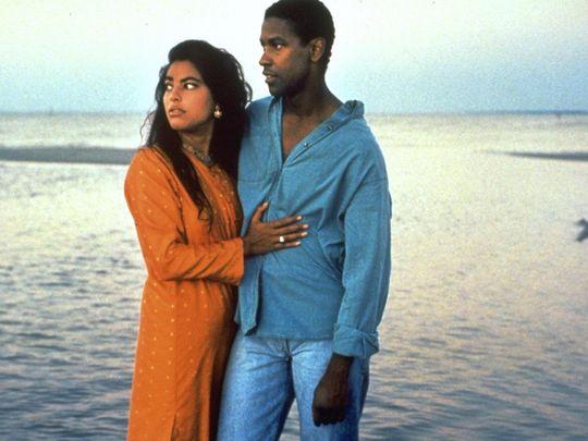 Sarita Choudhury and Denzel Washington in Mississippi Masala