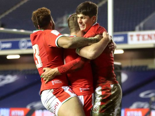 Wales defeated Scotland 25-24 at Murrayfield