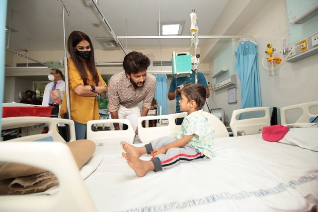 Riteish Deshmukh and Genelia D'Souza at a cancer ward in Mumbai on February 15, 2021
