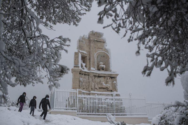 Copy of Greece_Weather_43309.jpg-185e2-1613479853600
