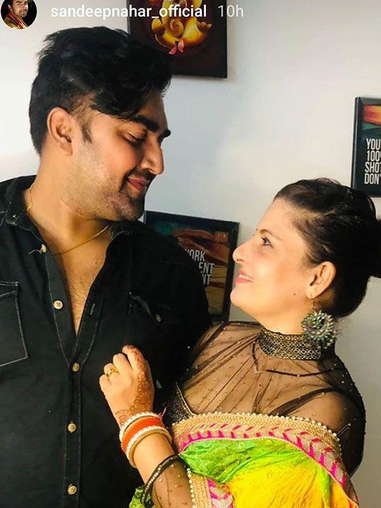 Sandeep Nahar and wife Kanchan