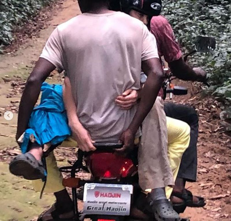 Ashley Judd was carried on a motorbike out of Congo