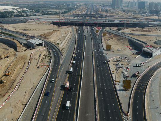 Dubai al ain road-1613811757862