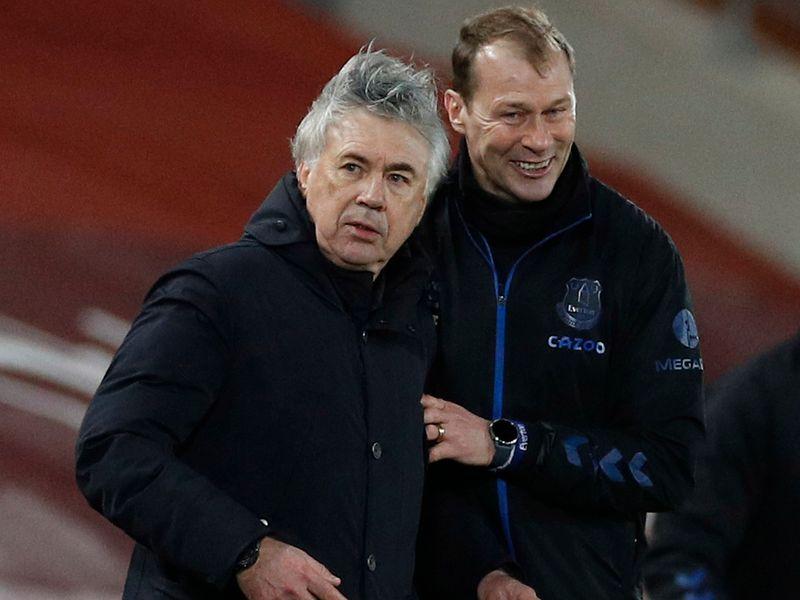 Carlo Ancelotti and Duncan Ferguson.