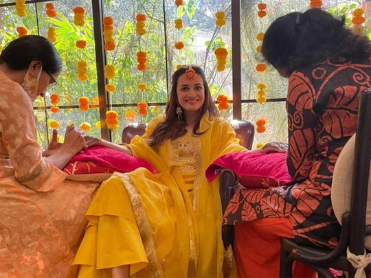 Dia Mirza at her mehendi ceremony