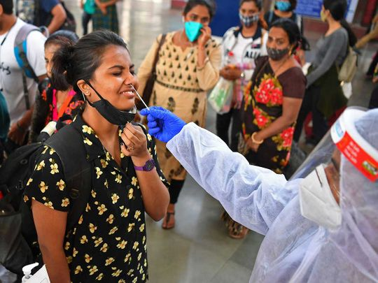Health worker PCR swab mumbai