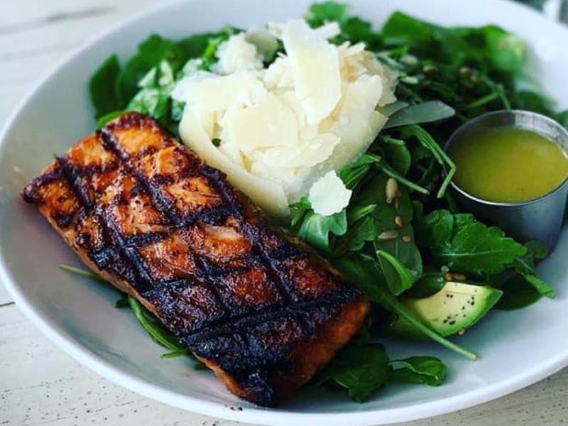 Grilled keto fish