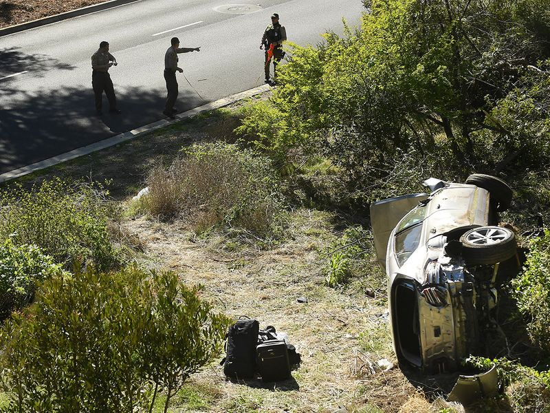Detectives look at SUV's 'black box' from Tiger Woods crash