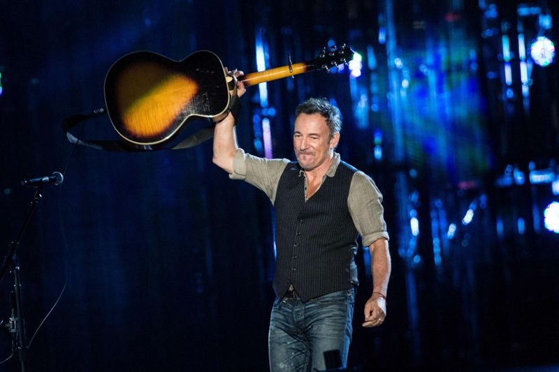 Drunk driving charges against Bruce Springsteen dropped
