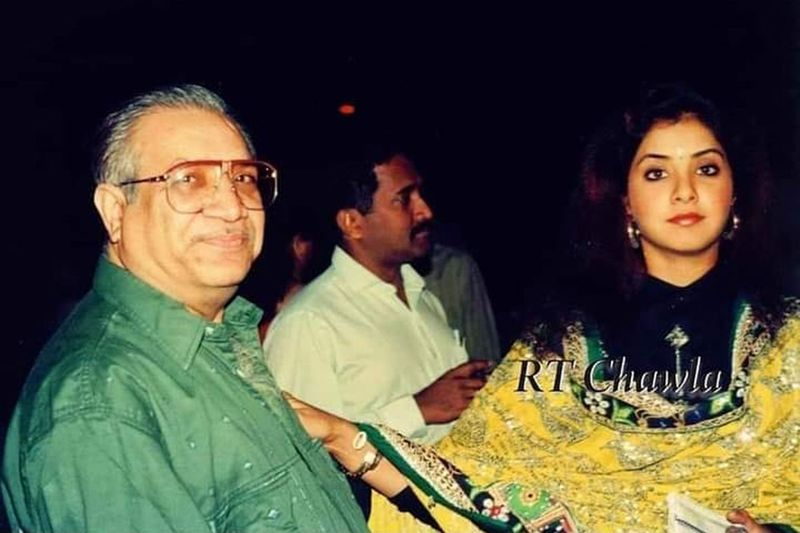 Divya Bharti and her father