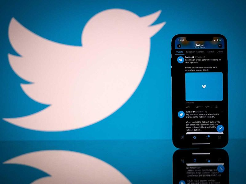 Twitter considers charging users for special content, in revenue push