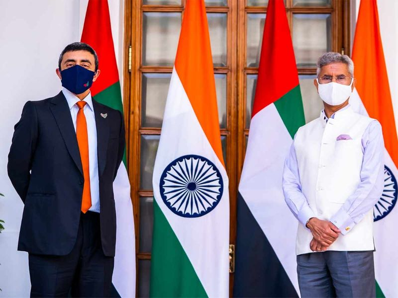 Sheikh Abdullah bin Zayed meets with Indian Minister of External Affairs in New Delhi