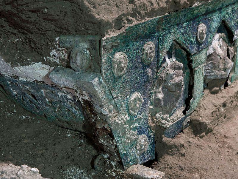Pompeii chariot gallery