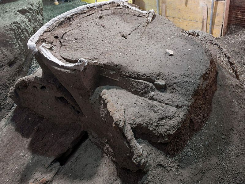 Photos: Archaeologists uncover ancient ceremonial carriage near Pompeii