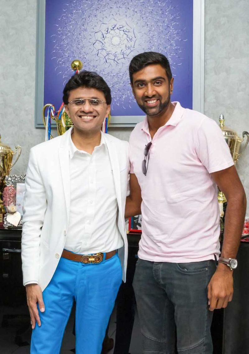Anis Sajan with cricketer Ravichandran Ashwin