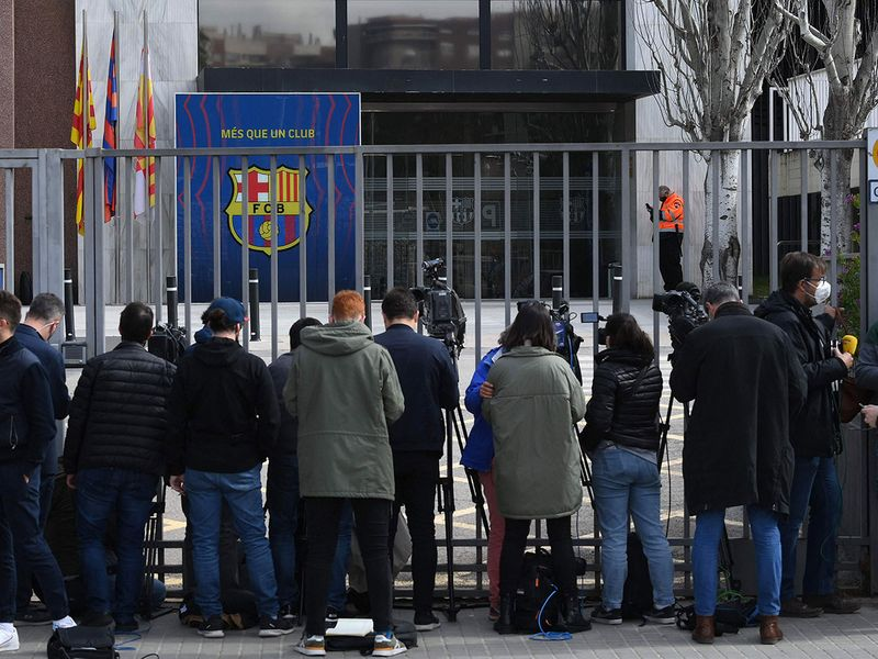 Journalists surrounded the Barca FC offices to capture the arrests on Monday.