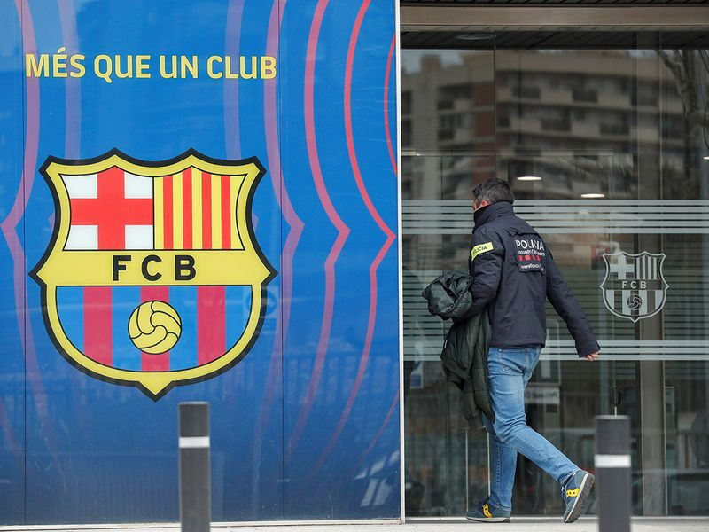 On March 1, Catalan police raided the Camp Nou offices of Barcelona FC, arresting former president Josep Bartomeu among others.