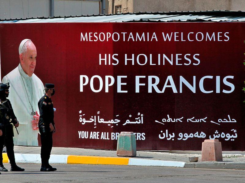 Iraq_Pope_19934