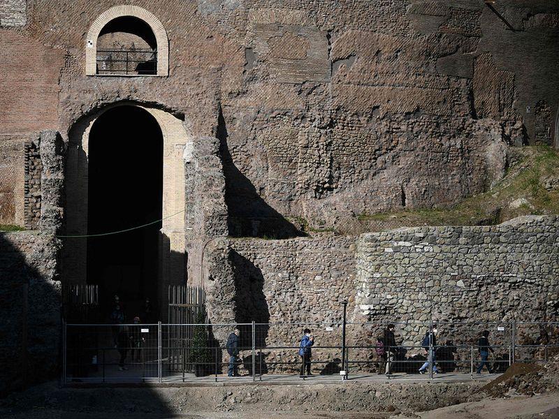 Augustus gallery