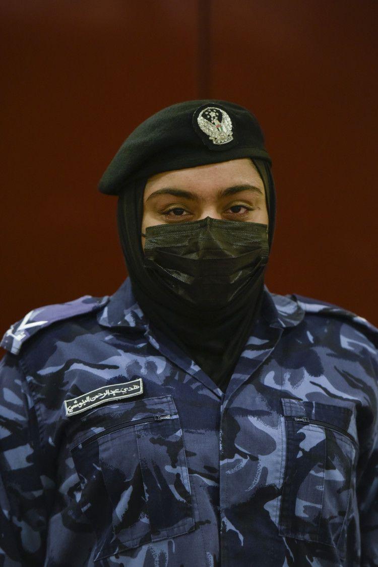 NAT 210228 SHJ FEMALE SWAT ARAMZAN 10-1615267270827