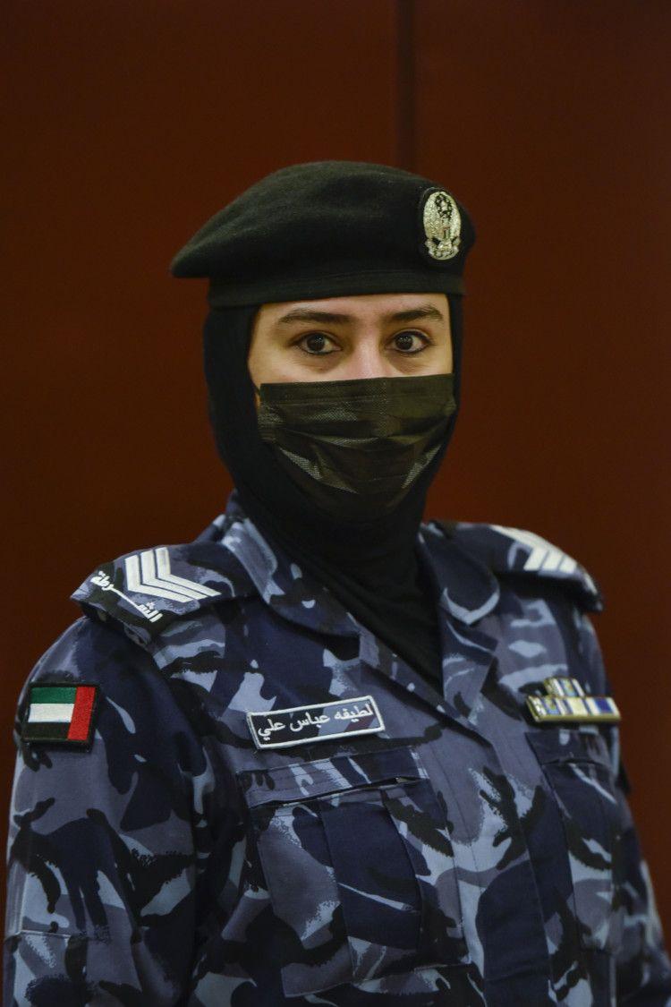 NAT 210228 SHJ FEMALE SWAT ARAMZAN 8-1615267292729