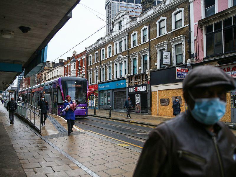 Post-COVID-19 era of hybrid work beckons in UK