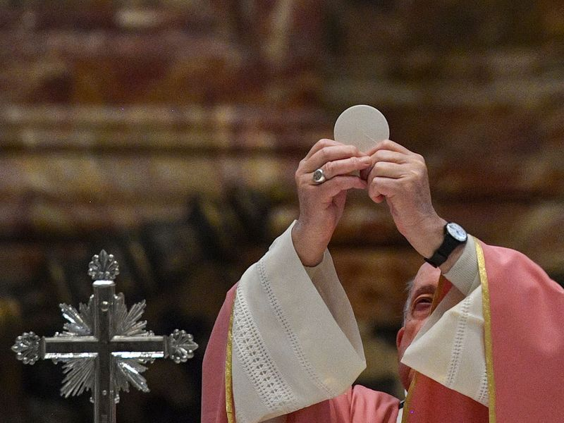 Vatican_Pope_86059
