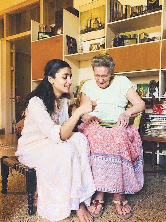 Alia Bhatt with her grand mom
