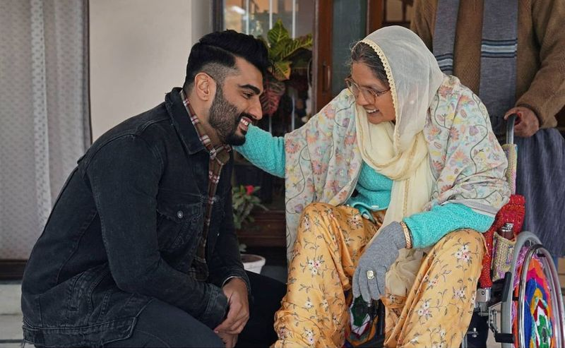 Arjun Kapoor and Neena Gupta in Sardar Ka Grandson