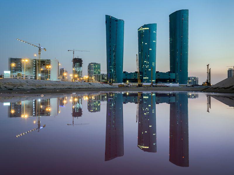 Stock Manama Bahrain skyline