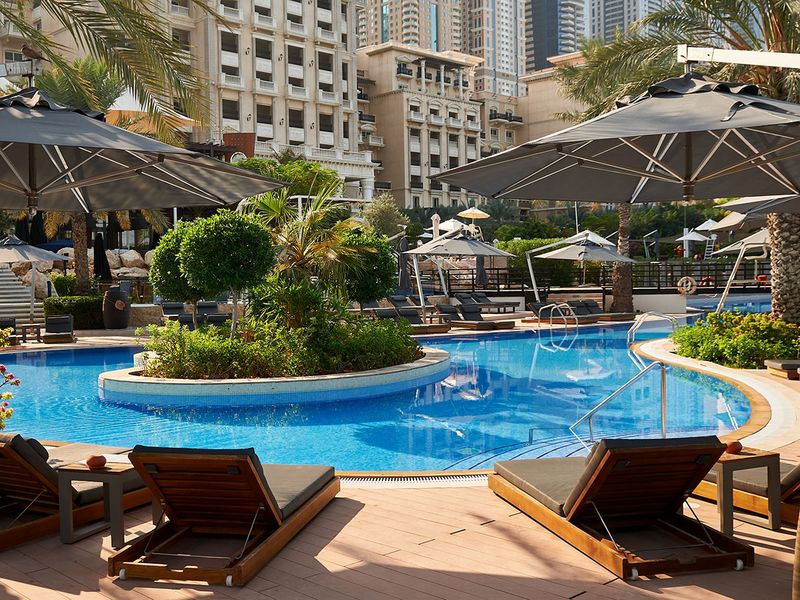 Emirates Golf Club Pool