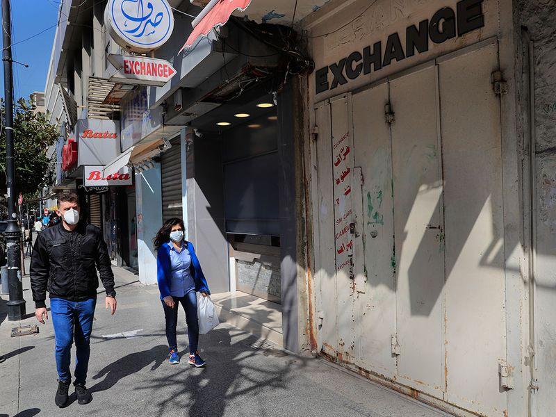 Lebanon_Economy_Meltdown_83014