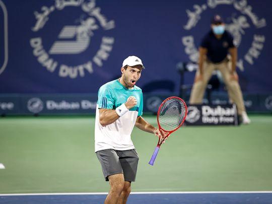 Aslan Karatsev wins in Dubai