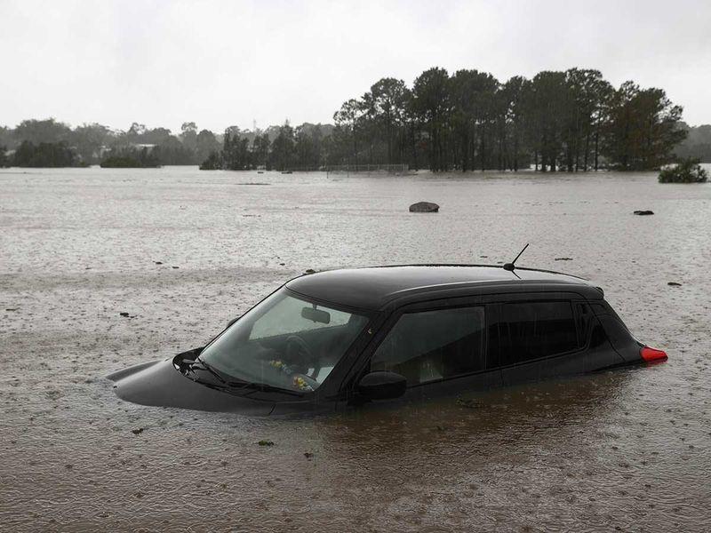 car australia flood