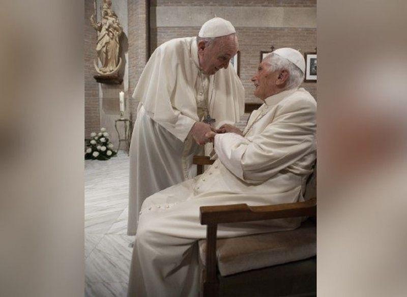 Pope Francis and Pope emeritus Benedict XVI  (Vatican Media)