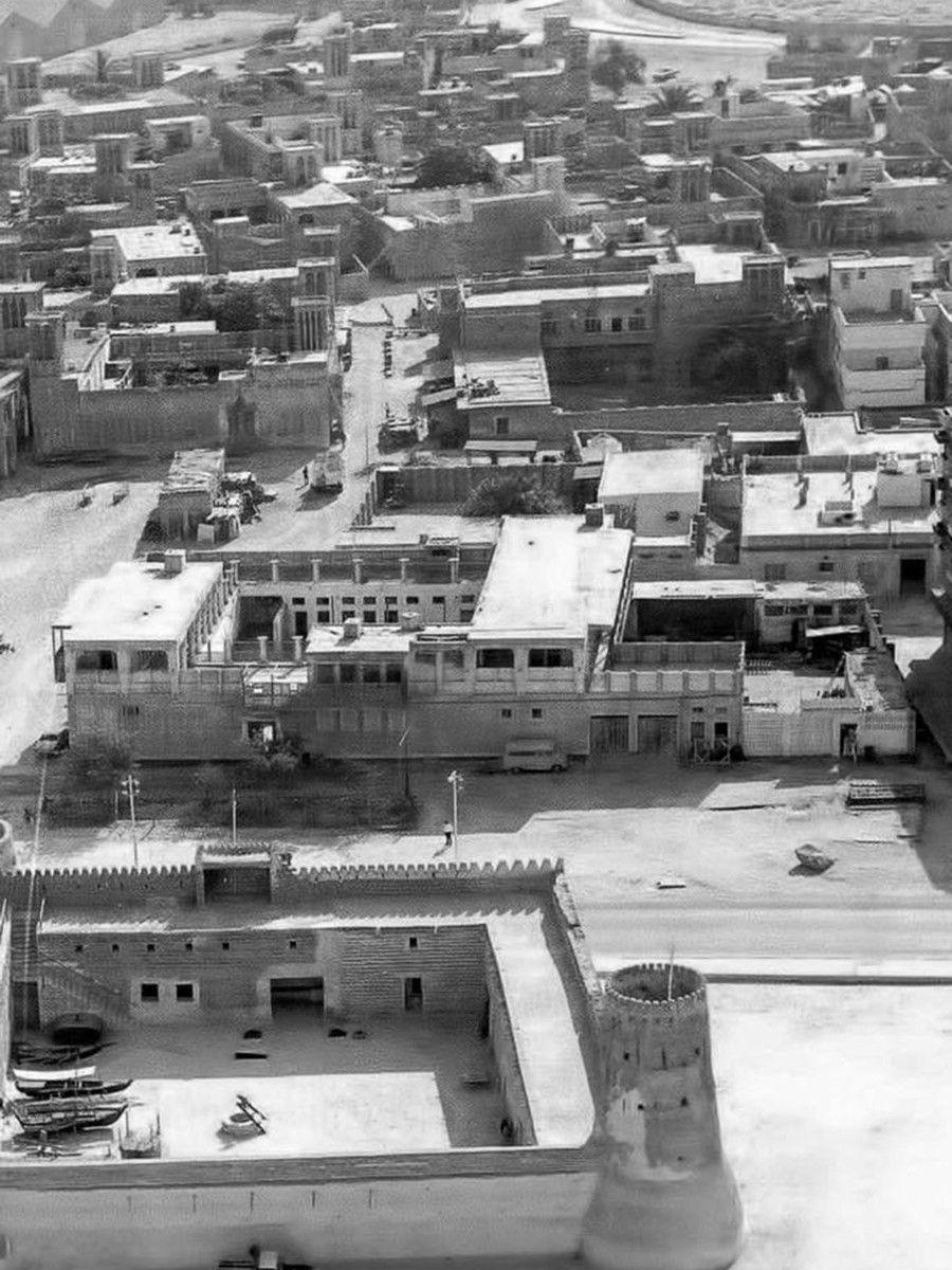 Old IHS opp Dubai Museum - 1970s-1616671313545