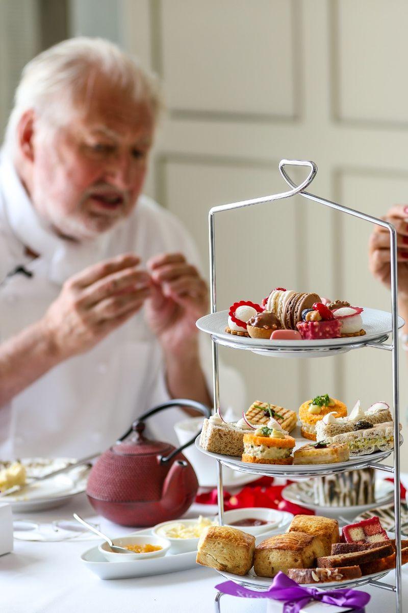 Pierre Gagnaire afternoon tea
