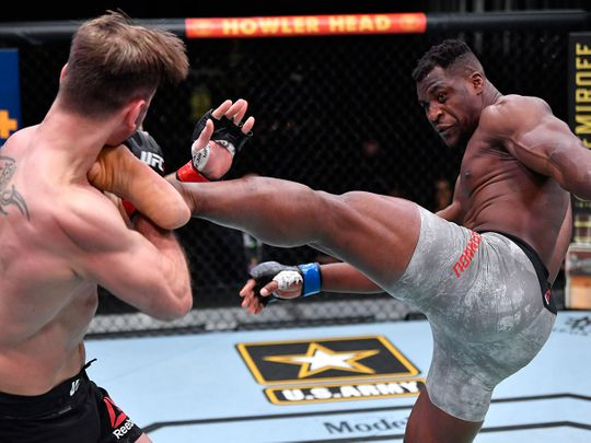 Francis Ngannou fights Stipe Mio0cic at UFC 260