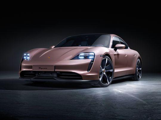 eMobility-Porsche-Taycan-Partner-Content-lead-for-web