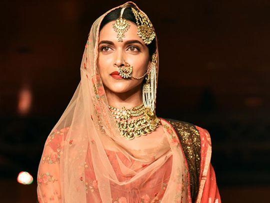 Deepika Padukone in jewellery by Art Karat