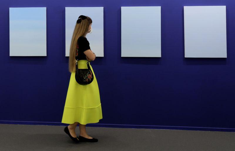 ART DUBAI 13-1617197016479