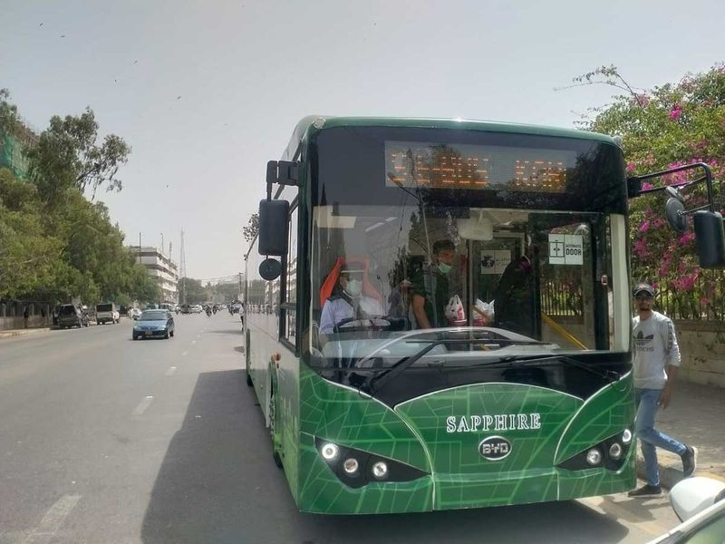 Sindh government to purchase 250 hybrid electric passenger buses for 6 districts