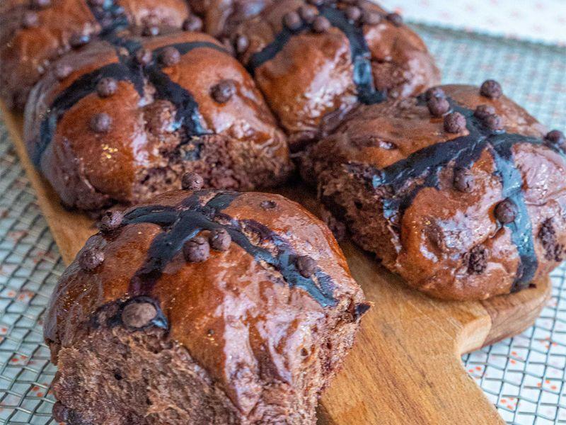 Rise and Dawn Hot cross buns