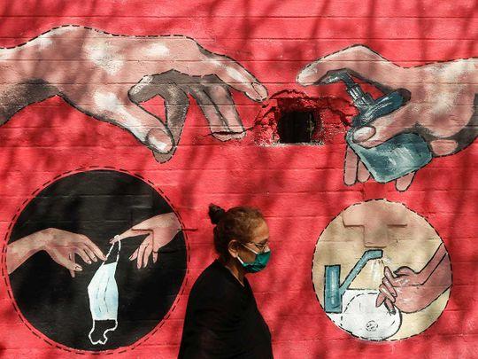 Woman graffiti India covid
