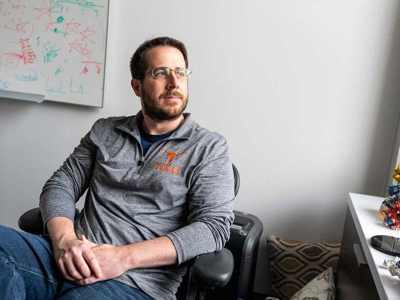 Jason McLellan biologist vaccine texas chicken eggs
